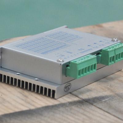两相驱动器 FMDD50D40NOM